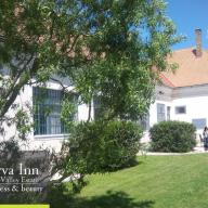 Green Valley Estate Porva Inn