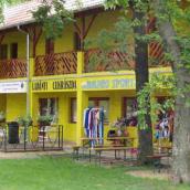 Kastélypark Fürdő Panzió