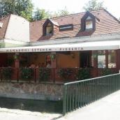 Mahagóni Pizzéria és Étterem