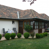Helga Ház