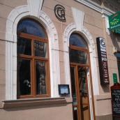 Retro Étterem És Kávézó
