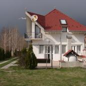 Tarr Apartmanházak Iker Vendégház