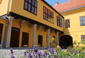 Ciszterci Ház