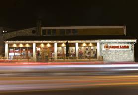 Központi Kávéház És Étterem