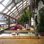 Vadász Étterem És Panzió