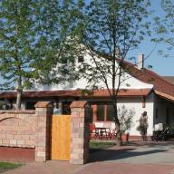 Tornácos Vendégház