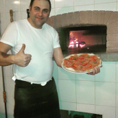 Reed Cafe Pizzéria