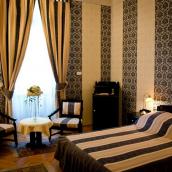 Castle Hotel Fenyoharaszt