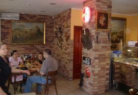 Alibi Pizzéria Kávéház és Grill Étterem Dunaujváros