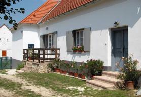Bruderhaus Szállás