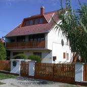 Petőfi Nyaralóház