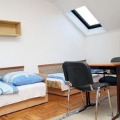 Rozsa Street Guesthouse