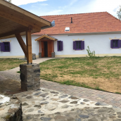 Sadhana Jóga és Pihenö Központ