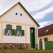 Hauszmann Vendégház