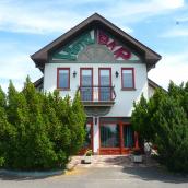 Kőrös Hotel