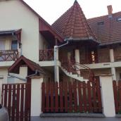Guti Boglárka Apartman