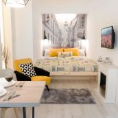 Luxury Studio 24 Apartman
