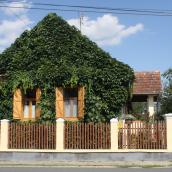 Karát-lak Vendégház