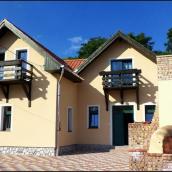 Borissza Apartmanház