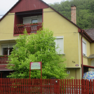Liliomfa Vendégház