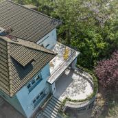 Bauer Villa és Vendégház