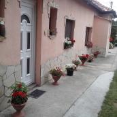 Anonim Apartman Balatonkenese