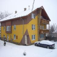 Gondola Apartmanház