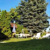 Villa Dóra