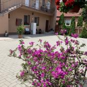 Gyöngy-Virág Vendégház