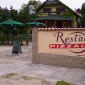 La villa Pizzéria Étterem