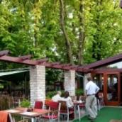 Budai Gesztenyés Étterem és Kávézó