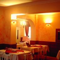 Otthon Étterem