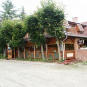 Tisza - Parti Fazekas Vendéglő