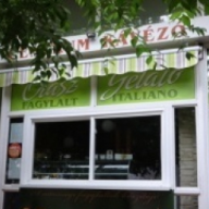Centrum Önkiszolgáló Étterem