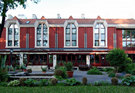 Golden Ball Club Hotel & Fitness Győr